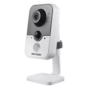 IP камера HikVision DS-2CD2420F-IW (2.8 мм)