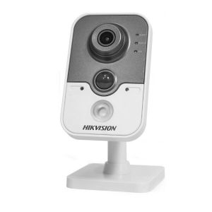 IP камера HikVision DS-2CD2410F-IW (4 мм)