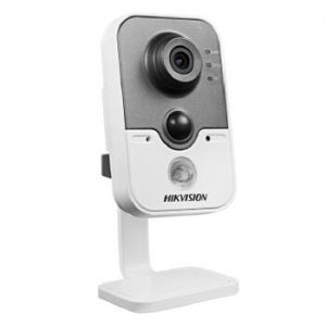 IP камера HikVision DS-2CD2412F-I